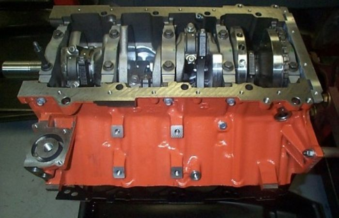 5.7L Hemi Engines
